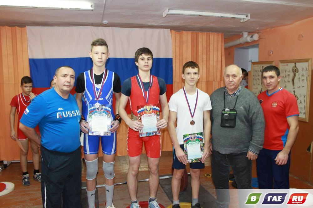 Гайские тяжелоатлеты поедут во Владимир