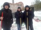 Патриоты России расчистили монумент