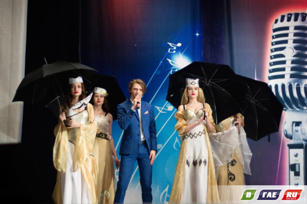 Арсений Пилипенко показал своё «Небо на ладони»