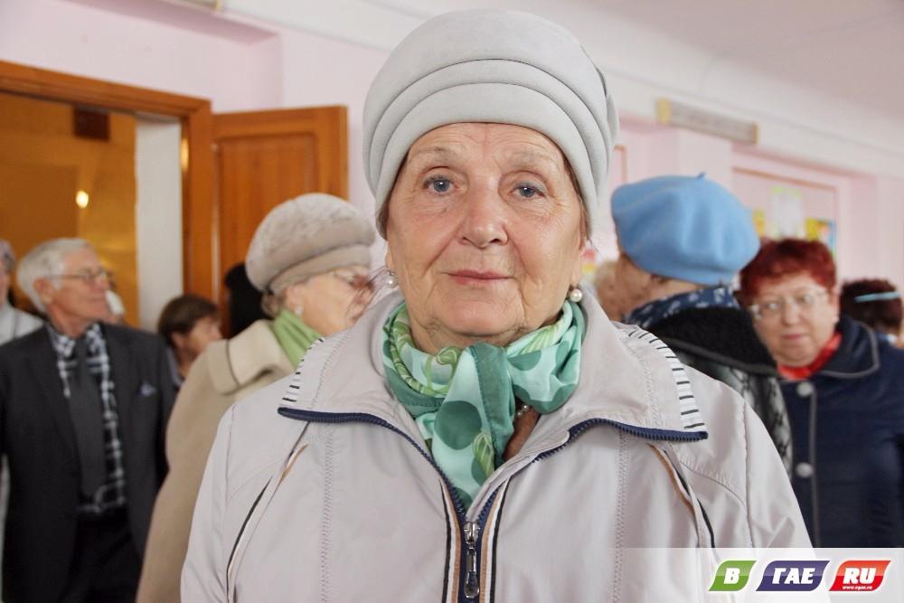 Люди «серебряного» возраста собрались в ЦДТ «Радуга»