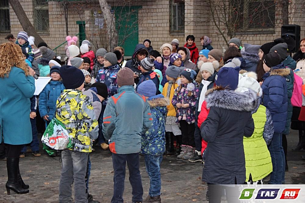 Состоялся праздник на обновленных дворах