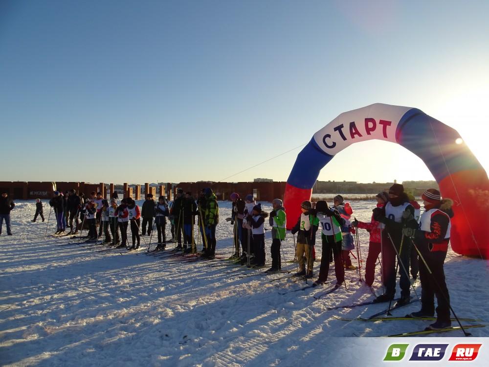 Гайчане соревновались в лыжных гонках