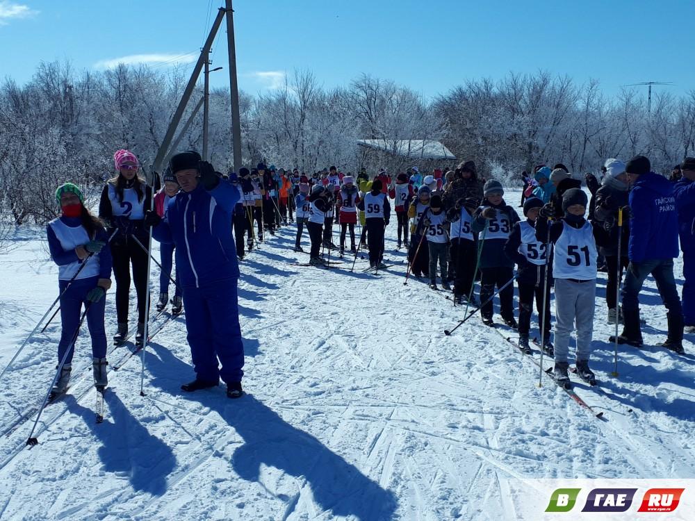 Первый  день лыжных гонок
