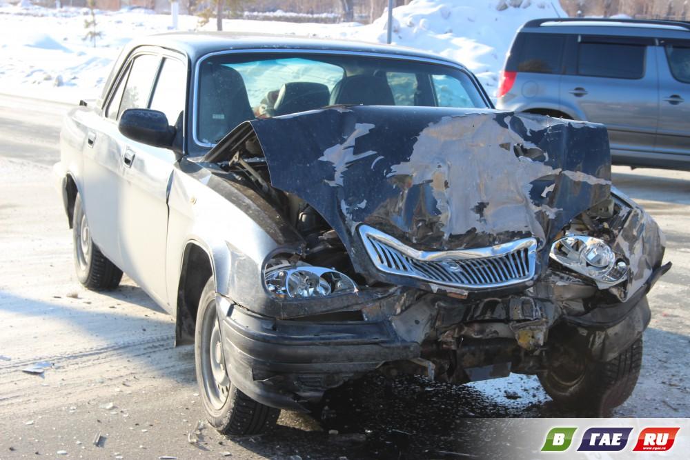 Фото в хлам разбитых машин