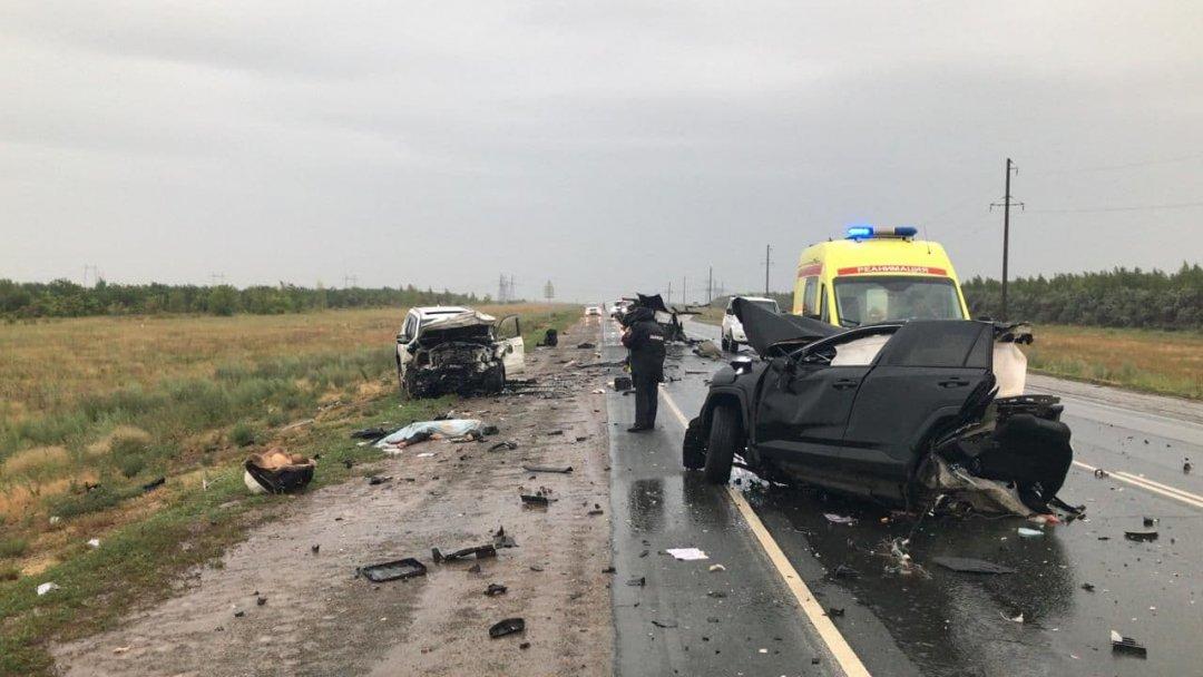 Лобовое столкновение: автоледи погибла, раненого доставили в ГБ-2 г.Орска